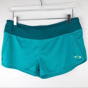 NWT OAKLEY Work Out Shorts Medium